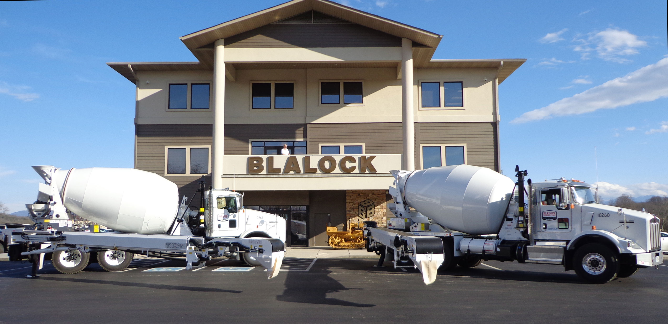 blalock tls theam conveyor concrete mixer placing